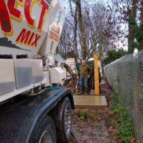 Foamed concrete service