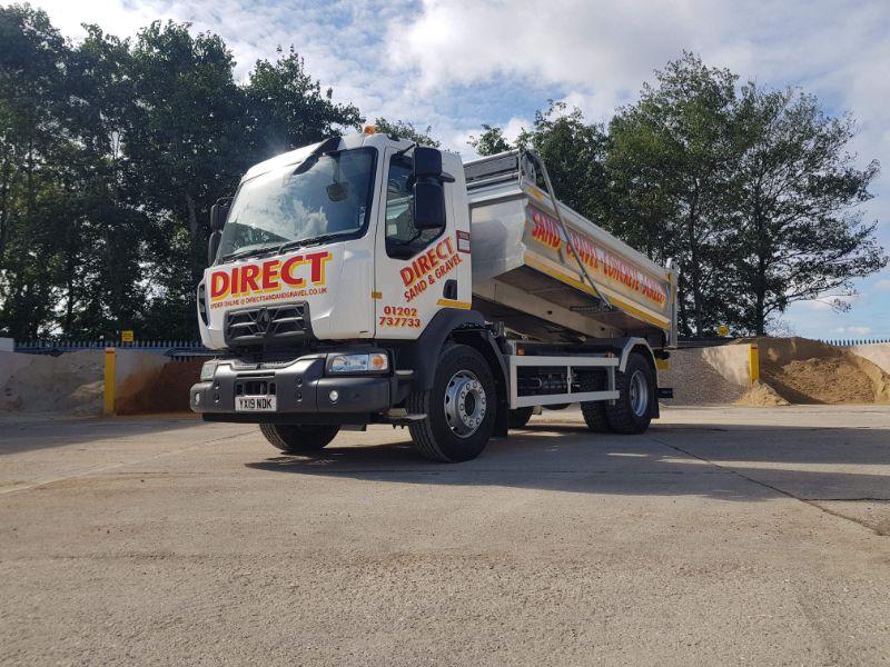 Concrete driveway service